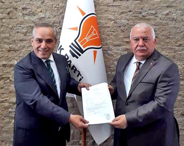 Nevzat Barak aday adaylık başvurusunu yaptı