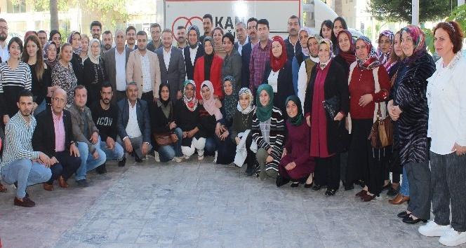 Hatay'da AK Parti İl Teşkilatı'ndan Kızılay'a kan bağışı