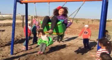 Savaşın çocukları oyun parkıyla tanıştı