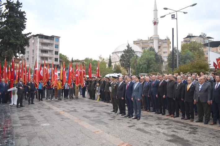 Kırıkhan'da 10 Kasım Atatürk'ü anma töreni