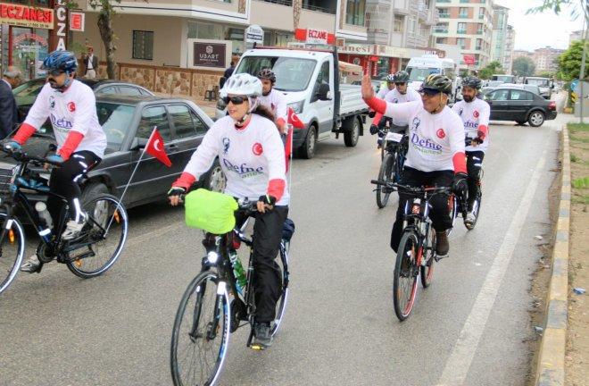 """Hatay Bisiklet Spor Kulübü """"Anıtkabir yolunda"""""""