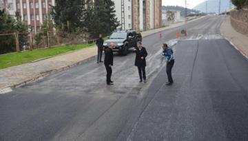 Başkan Yavuz Asfalt Çalışmalarını Yerinde İnceledi