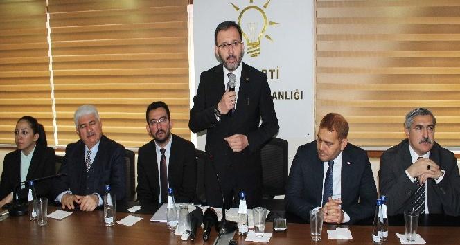 """Bakan Kasapoğlu: """"Yurt kapasitemizi 190 binden 700 binli rakamlara çıkardık"""""""