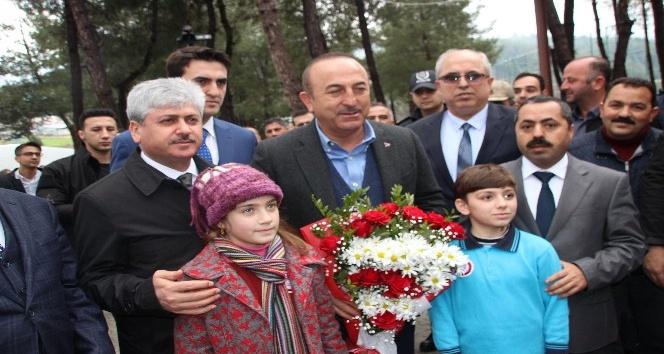 """Bakan Çavuşoğlu """"Fırat'ın doğusundaki o teröristleri de o bölgeden temizleyeceğiz"""""""