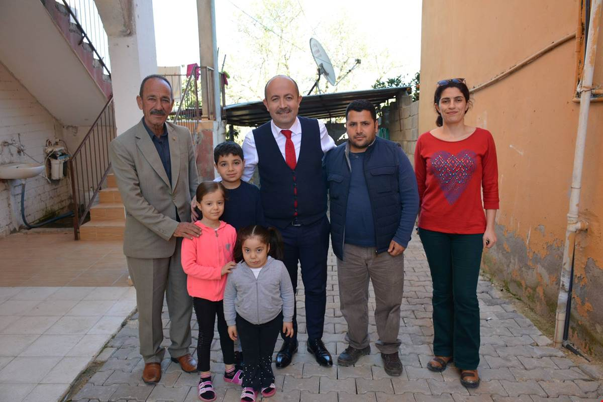 Kaymakam Bülent UYGUR, ev ziyaretlerinde vatandaşlarla bir araya geldi.