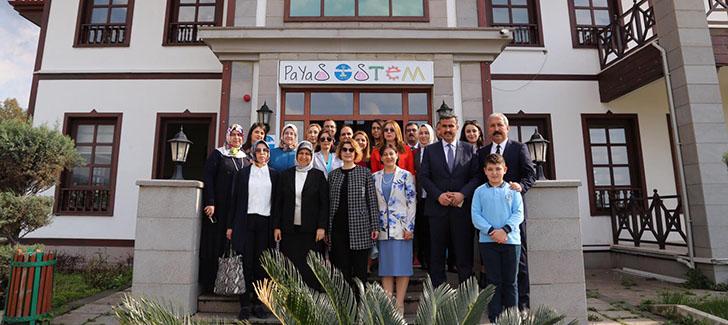 Rana Selçuk Payas'ta STEM'i Gezdi