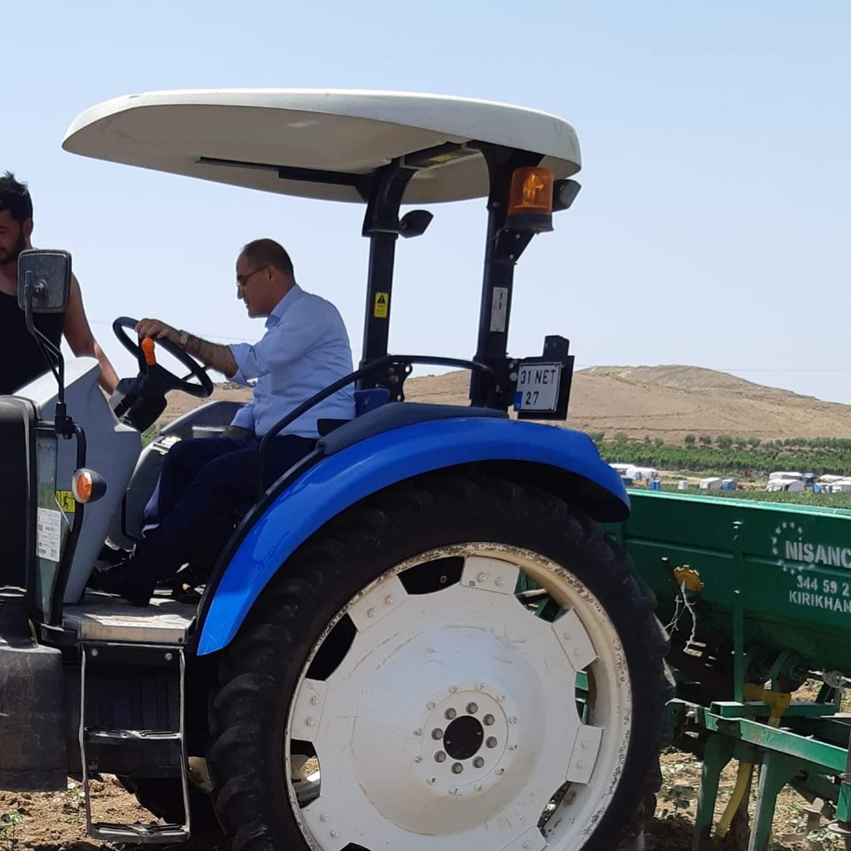 Türkmen, çiftçilerin  sorunlarını dile getirdi