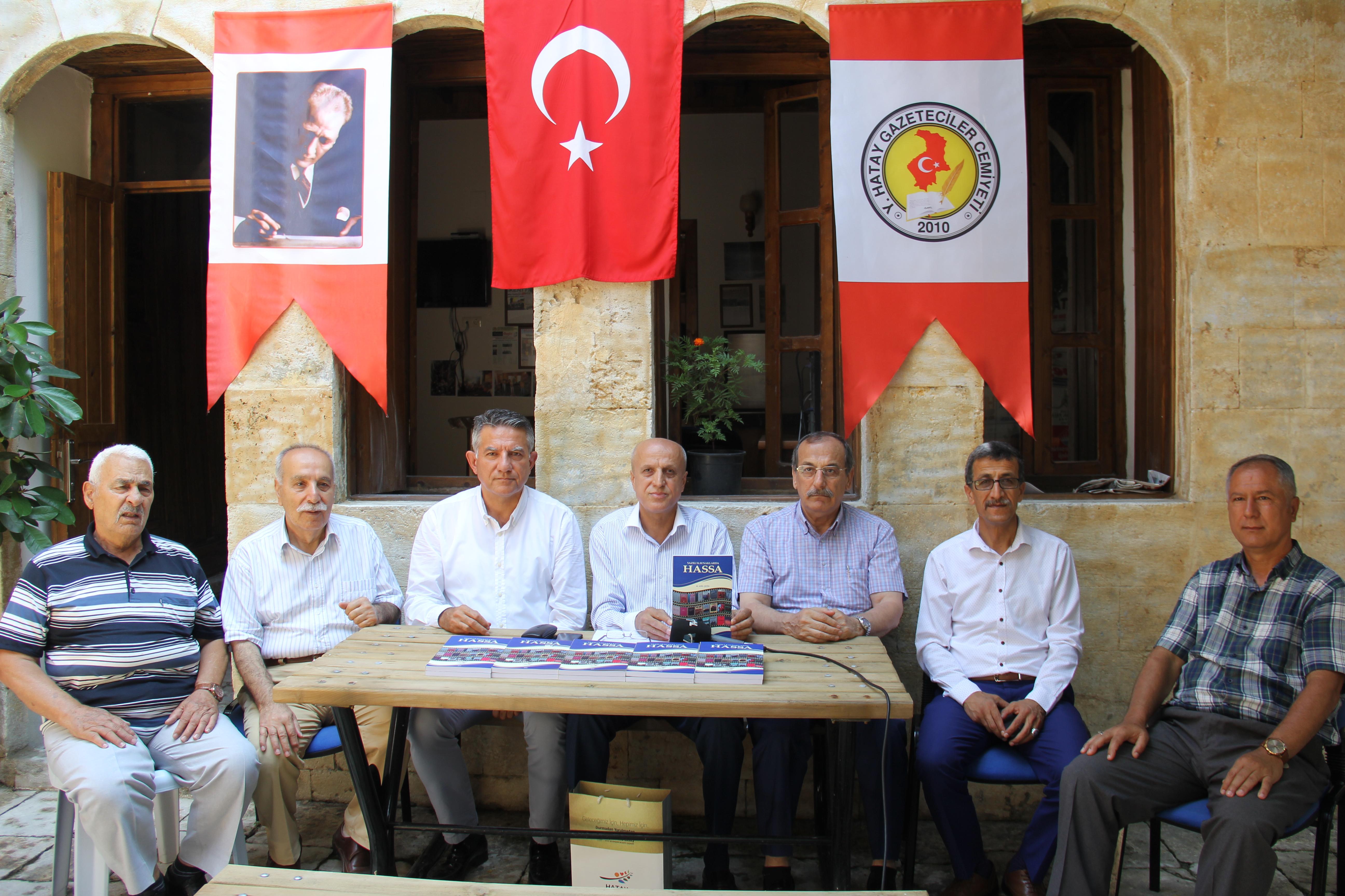 """M. Adil Çetin'in """"Yazılı Kaynaklarda Hassa"""" adlı onuncu kitabı yayınlandı"""
