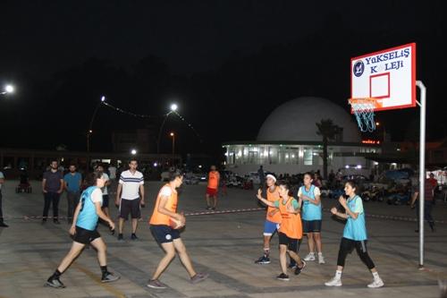 Samandağ'da tek pota basketbol turnuvası sona erdi