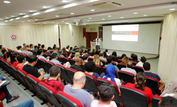 İSTE'de Proje Hazırlama Ve Yazma Eğitimleri Hız Kesmiyor