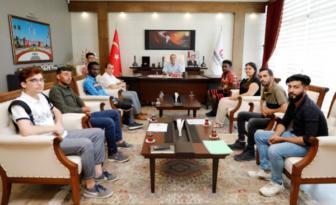 """İSTE'ye """"Uluslararası Öğrenci"""" Akını"""