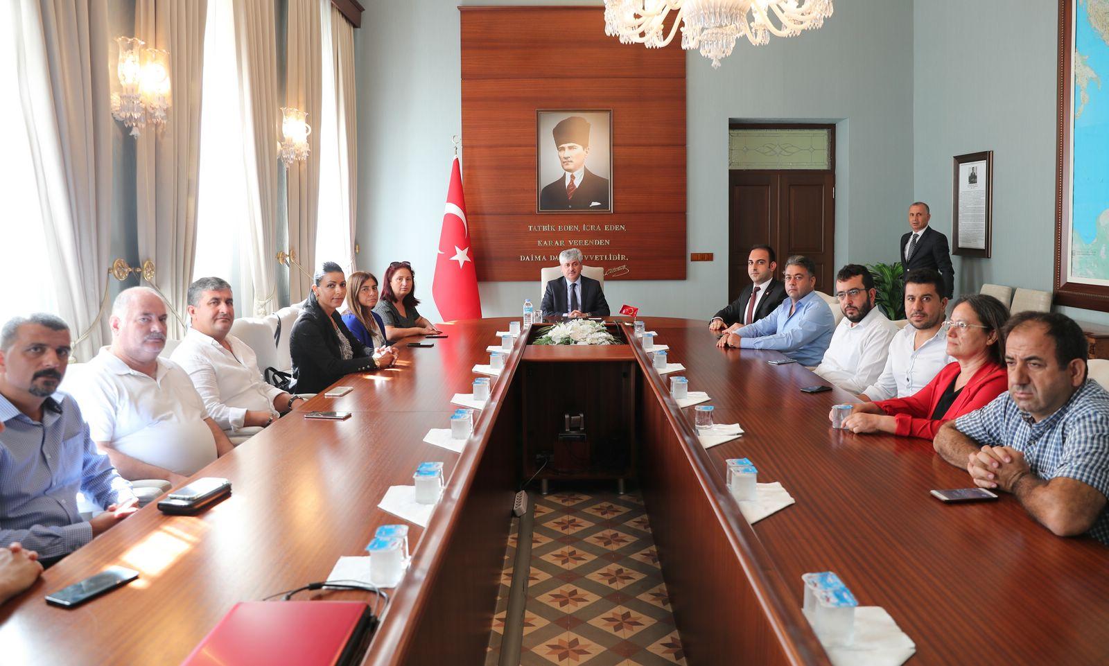 CHP Heyetinden Vali Doğan'a Taziye Ziyareti