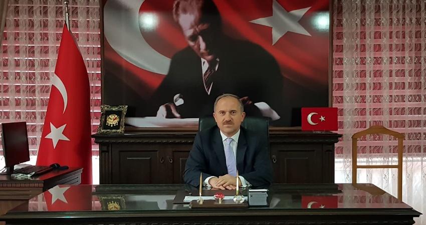 KAYMAKAM KARAMEHMETOĞLU'NUN 29 Ekim Cumhuriyet Bayramı Mesajı