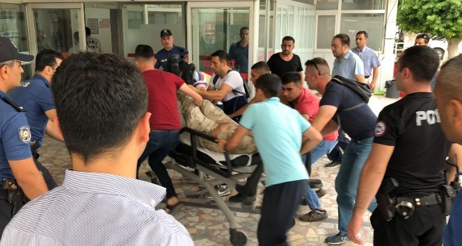 Operasyona giden askeri araç uçuruma yuvarlandı: 7 asker yaralı