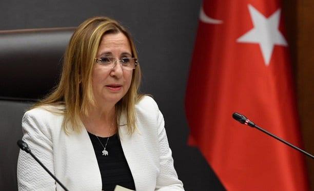 Bakan Pekcan açıkladı: Halkbank'tan esnafa kredi müjdesi