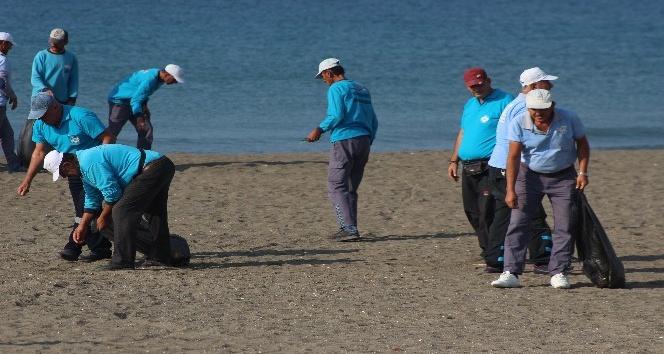 Türkiye'nin en uzun kumsalında sezonun son temizliği
