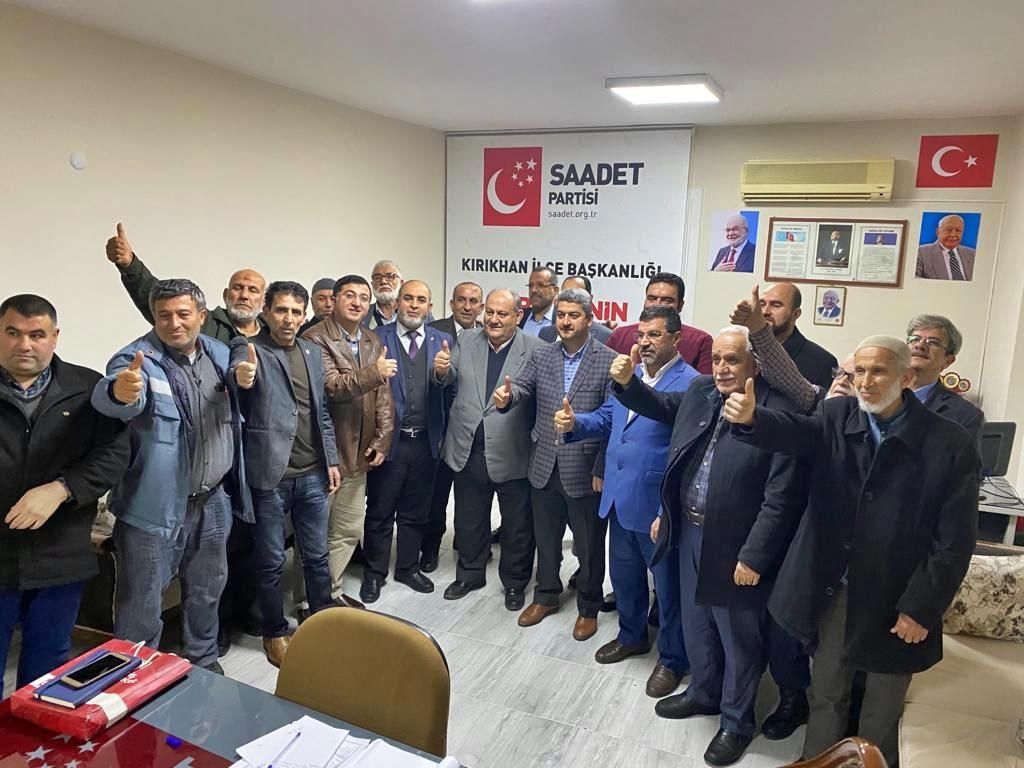 Saadet Partisi Kırıkhan'da yeni yerine taşındı