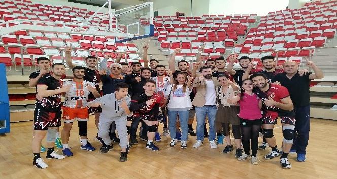Erzin Yeşilkent Spor Voleybol Takımı 1. Lig'de