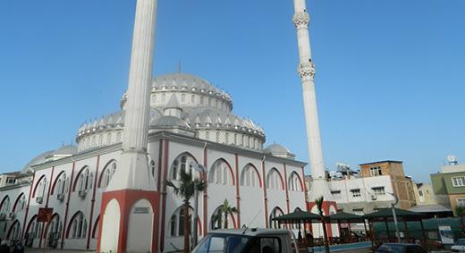 Kırıkhan'da Camilerden Dua Sesleri Yükseldi