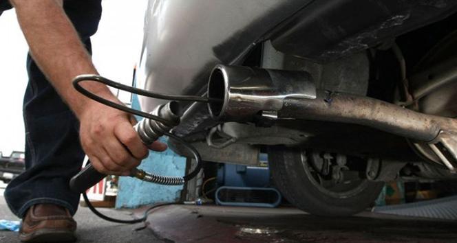 Tüm araçlar için egzoz emisyon ölçümleri ertelendi