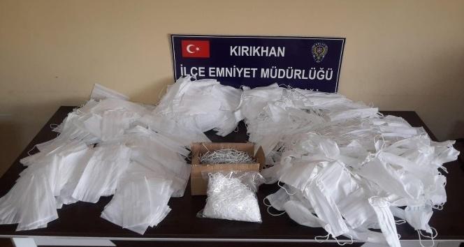 Kırıkhan'da izinsiz maske üretimi yapan iş yerine baskın