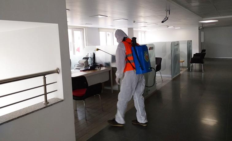 Kırıkhan  genelinde dezenfeksiyon çalışmaları aralıksız devam ediyor