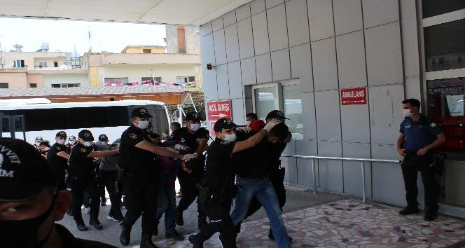 İskenderun'da silahlı bıçaklı kavga: 6 yaralı
