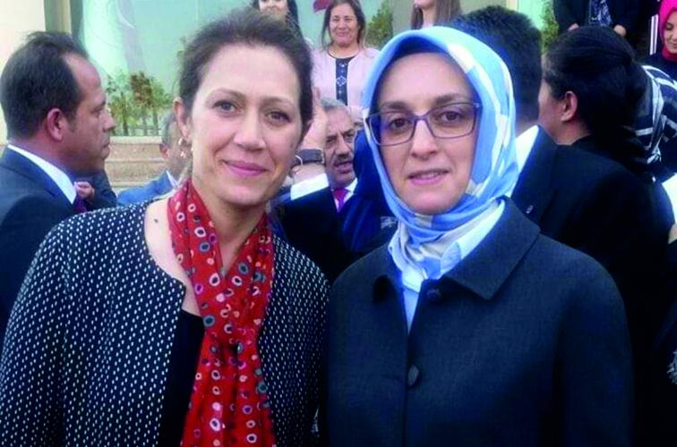 AKP İl Kadın Kollarına Yeni Başkan Serpil Kara