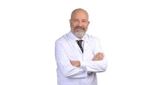 """Nöroloji Uzmanı Dr. Atilla Kara """"Korona virüs beyne zarar veriyor"""""""