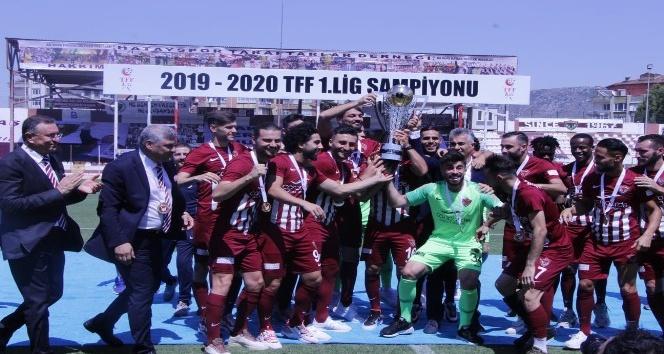 Hatayspor şampiyonluk kupasını aldı