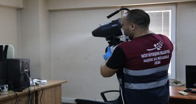 Hatay'da kamu kurum ve kuruluşlar dezenfekte ediliyor