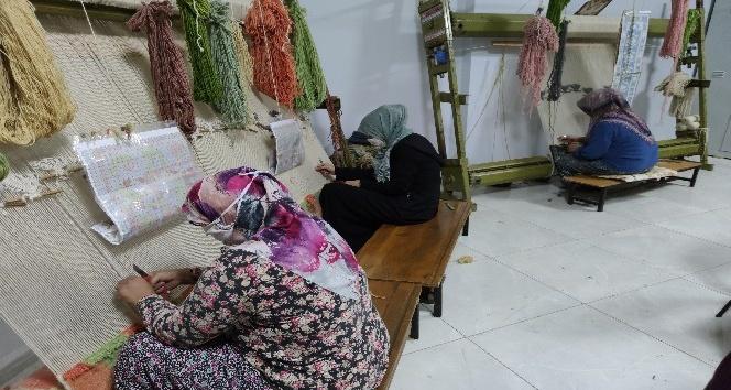 Altınözü'nde üretilen halılar dünyanın dört bir yanına ihraç ediliyor