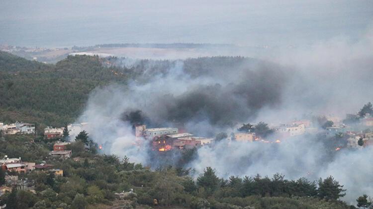 Hatay'da orman yangınlarına havadan ve karadan müdahale sürüyor