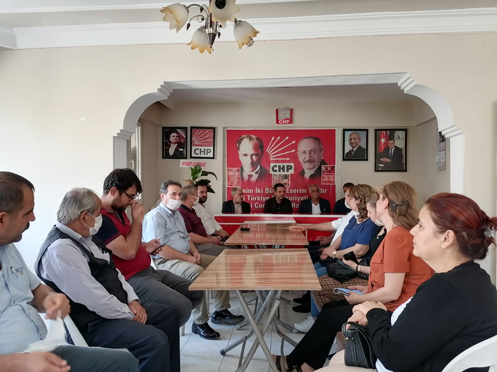 İYİ PARTİ'DEN CHP'YE ZİYARET