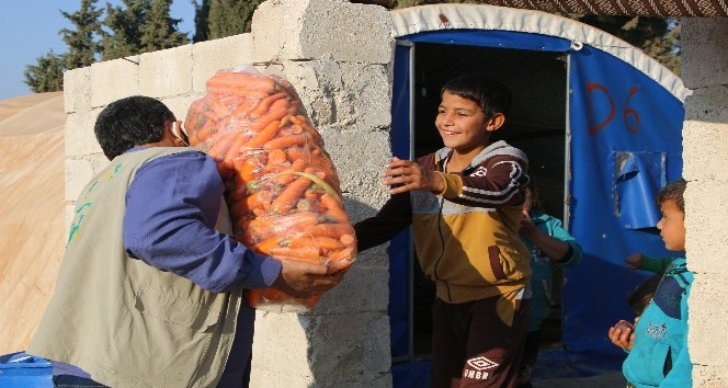 Savaş mağdurlarına 470 ton sebze ve meyve