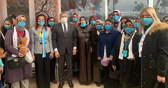 AK Parti Kırıkhan Kadınlarda yeni yönetim belli oldu