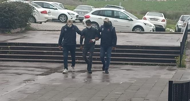 Kırıkhan'da yakalanan  terörist adliyeye sevk edildi