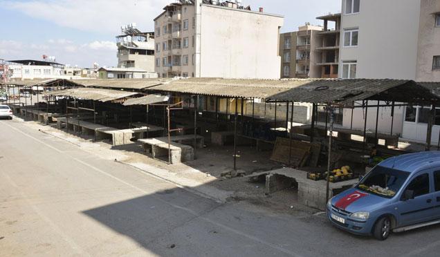 CUMARTESİ PAZARI ARTIK ÇARŞAMBA PAZARI ALANINDA KURULACAK
