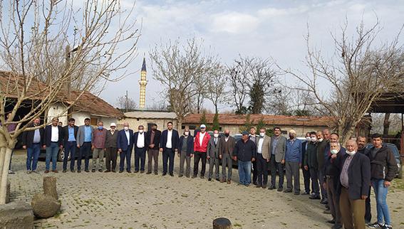 AK PARTİ'DEN MAHALLE ZİYARETLERİ