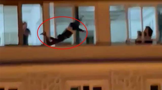 Hatay'da 8.kattan Aşağı Atladı