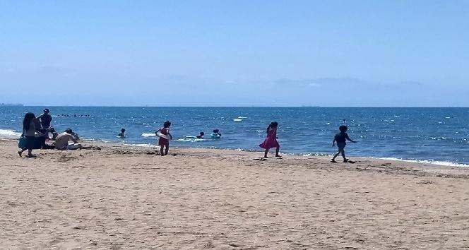 Burnaz Plajı sezonu açtı