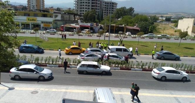 Hatay'da zincirleme kaza: 8 yaralı