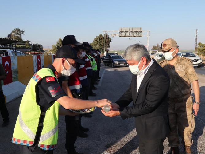 Vali Doğan'dan Güvenlik güçlerine Bayram ziyareti