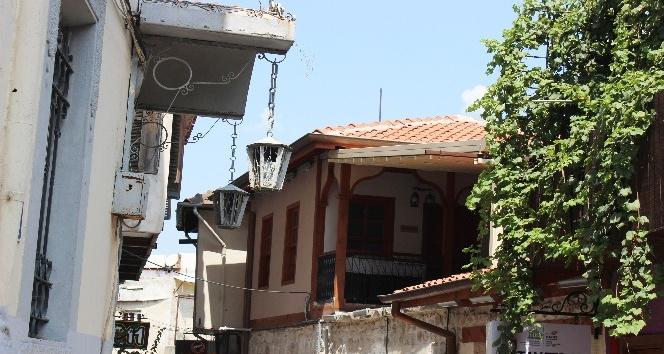 Tarihi Antakya evleri asırlardır zamana direniyor