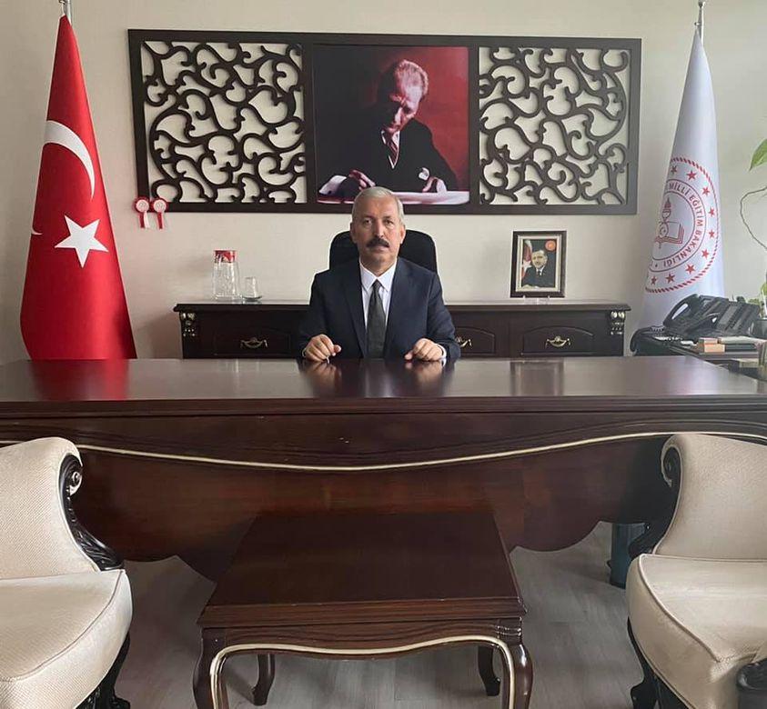 """KARAHAN """"EN DERİN SAYGILARIMI SUNUYORUM"""""""