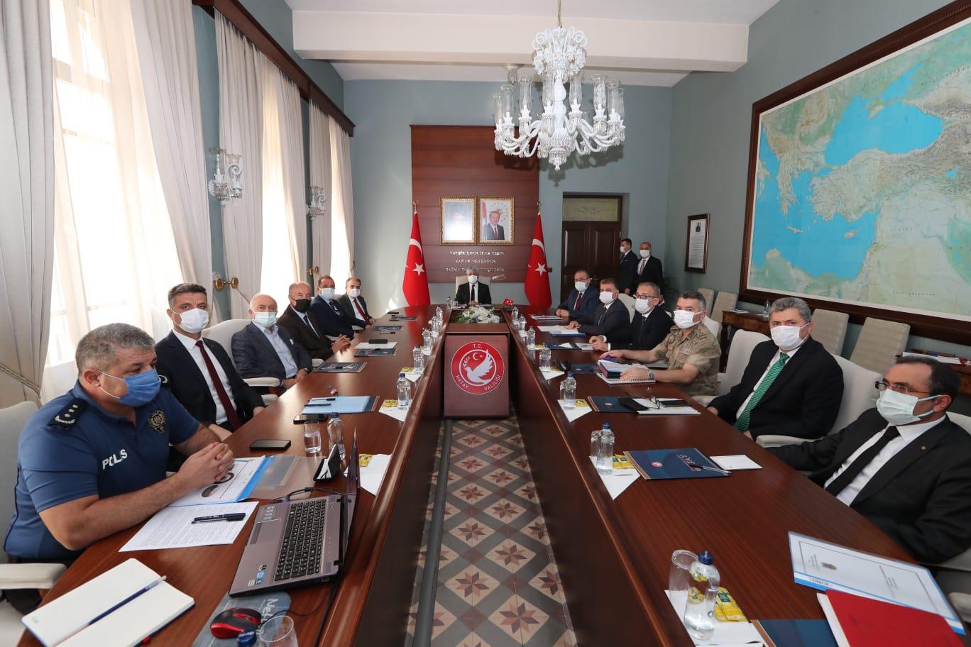 Vali Doğan Başkanlığında, Üniversite Güvenlik ve Koordinasyon Toplantısı Yapıldı