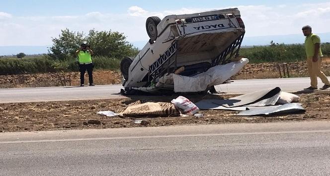 Kırıkhan'da kamyonet takla atarak devrildi: 6 yaralı