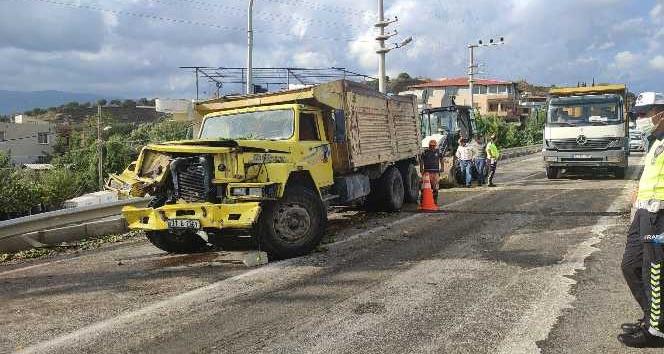 Samandağ'da zincirleme trafik kazası: 5 yaralı