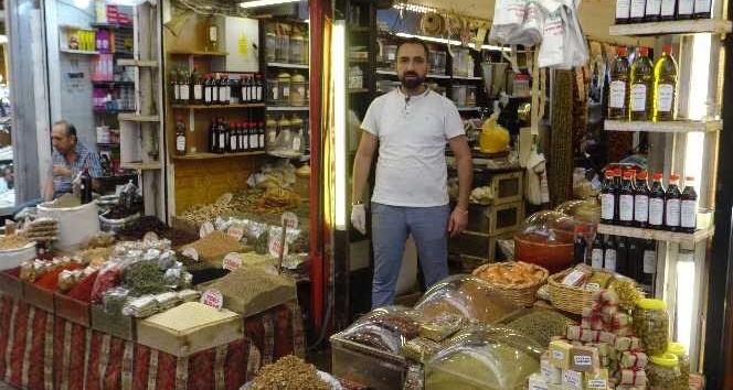Hatay'da yeni hasatla yöresel ürünlere ilgi arttı