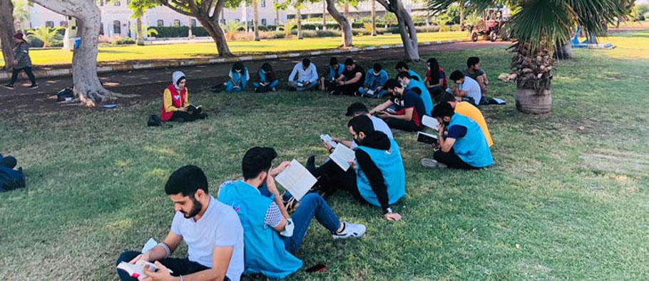 Sessizlik, İSTE'li Gençlerimiz Kitap Okuyor